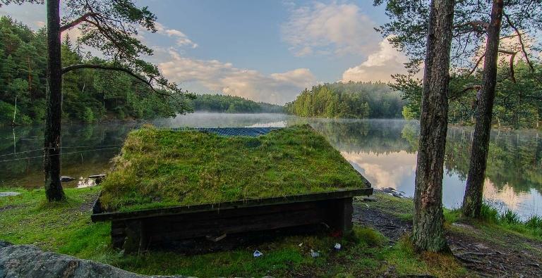 cabane en Suède earthship