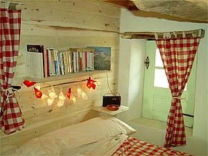 produire stocker son lectricit vivre dans une cabane. Black Bedroom Furniture Sets. Home Design Ideas