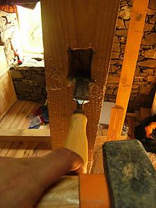 ciseau à bois sur une mezzanine