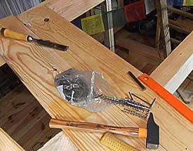 outils pour réaliser le travail de plancher