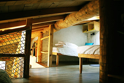 cabane-house-hobbit-room.jpg