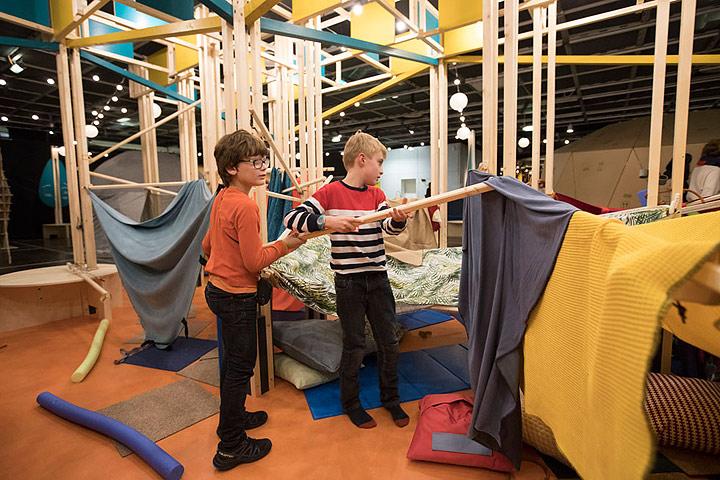 expo cabanes avec des enfants