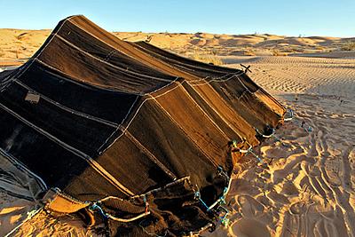 tente Berbère dans le désert