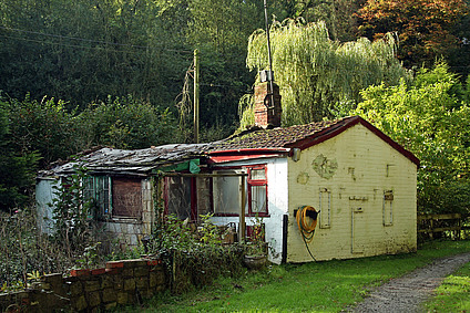 Vieille maison campagne en bois