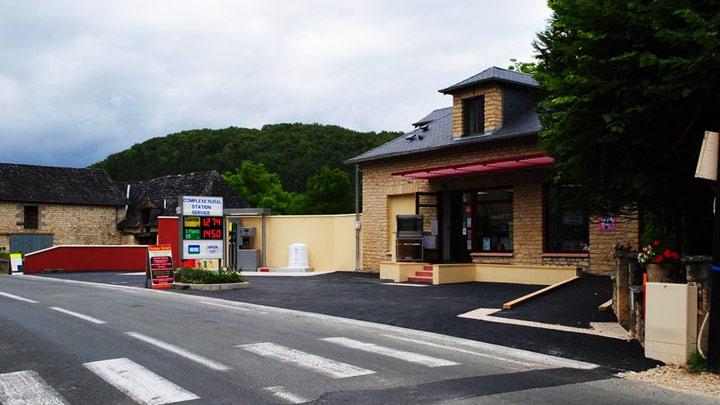 epicerie station en rural